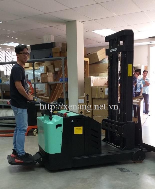 Xe nâng điện cao 1200Kg-3m (SCB1200-30) OPK-NHẬT