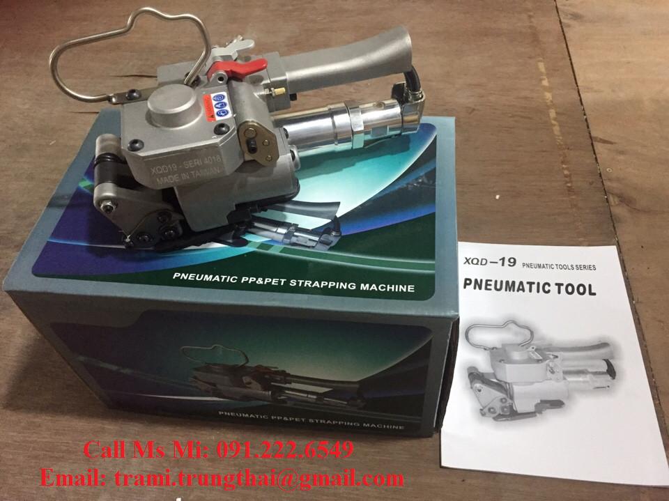 Máy đóng đai nhựa dùng hơi khí nén XQD 19/ PTM 19