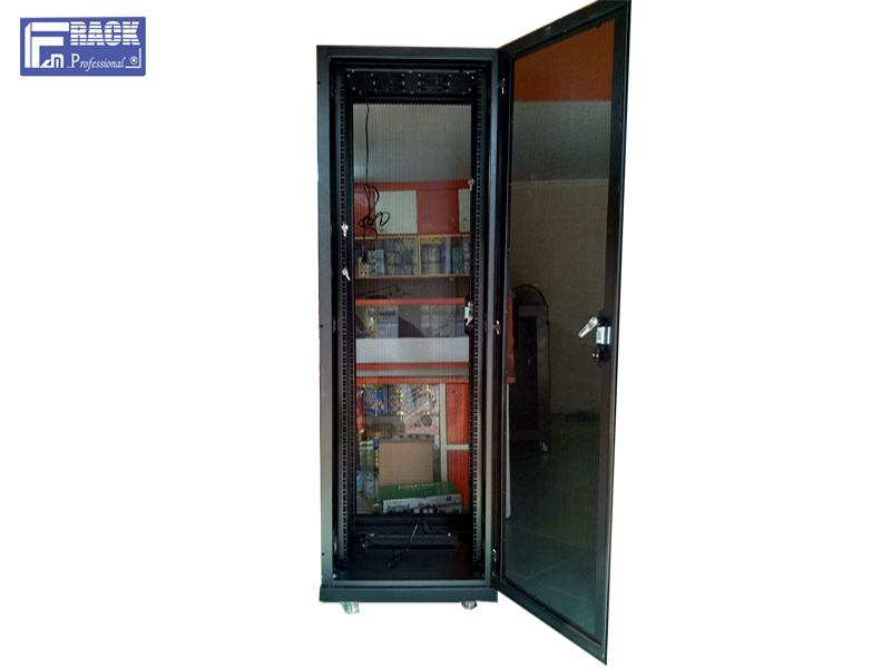 Tủ mạng, tủ rack 42U-D800 F - CLASS FAM RACK