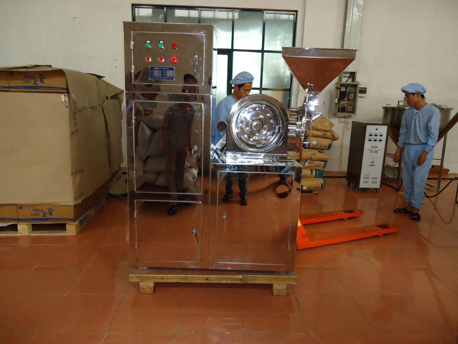 Máy nghiền mịn dùng trong ngành thực phẩm (dạng nghiền đinh)