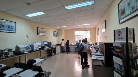 Khai trương trung tâm thí nghiệm thiết bị khoa học tại Việt Nam