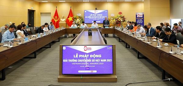 """Lễ phát động giải thưởng """"Chuyển đổi số Việt Nam- Vietnam Digital Awards"""" năm 2021"""