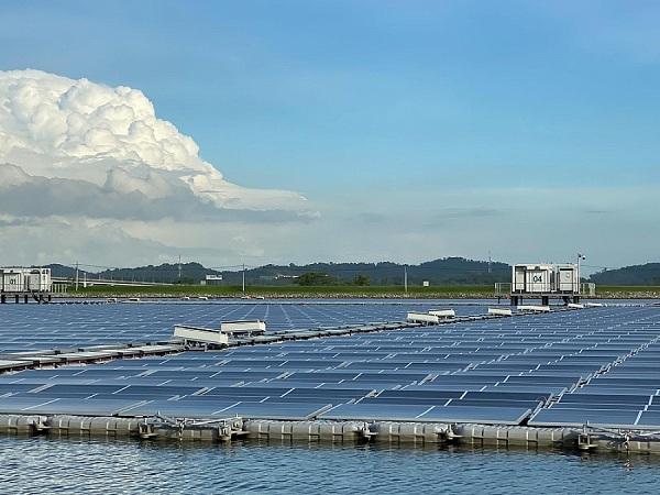 Tiềm năng trong việc phát triển điện mặt trời nổi tại Việt Nam