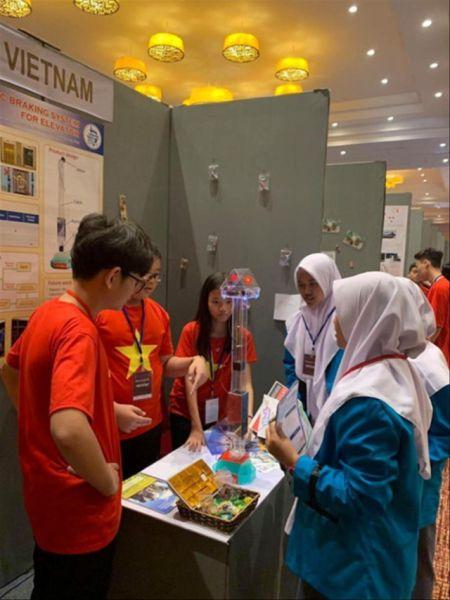 Việt Nam giành huy chương vàng tại cuộc thi Giải thưởng Nhà sáng chế trẻ quốc tế 2019