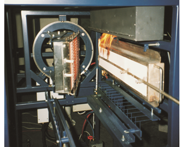 Máy thử nghiệm độ lan truyền ngọn lửa