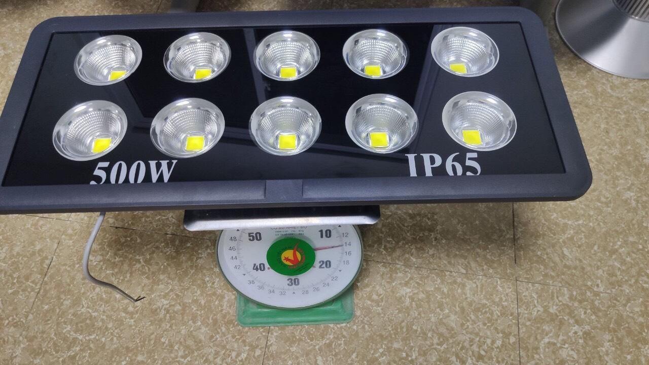 Đèn led pha chiếu xa 50-100-150-200-300-400-500W