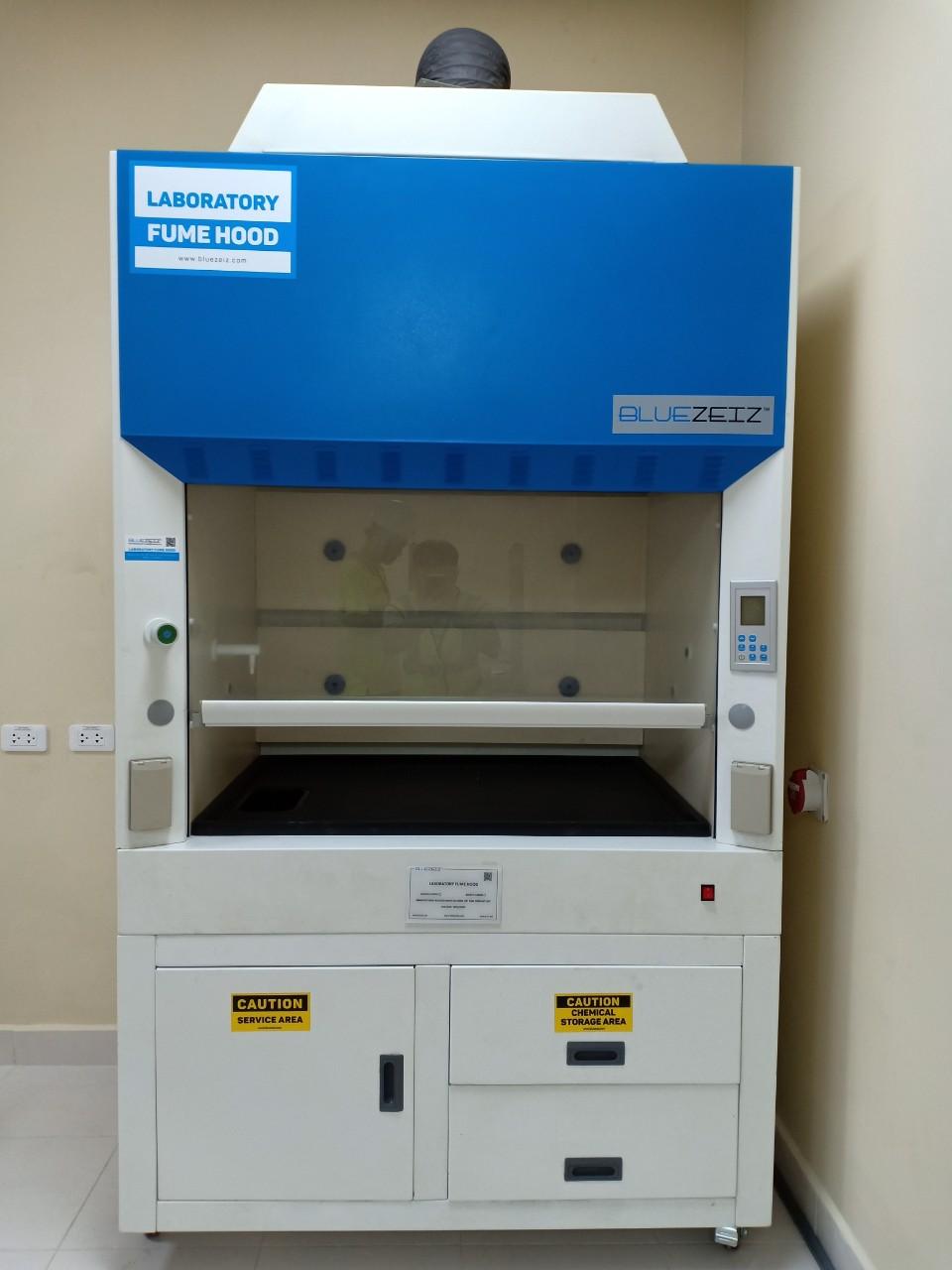 Tủ hút khí độc khung thép BlueFH-1000SS