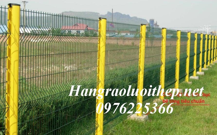 Hàng rào cột trái đào