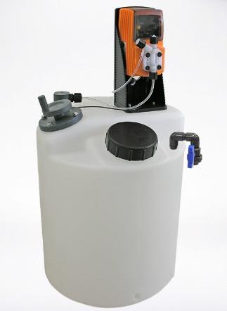 Bồn nhựa PE, máy khuấy hóa chất và bơm định lượng hiệu VMS