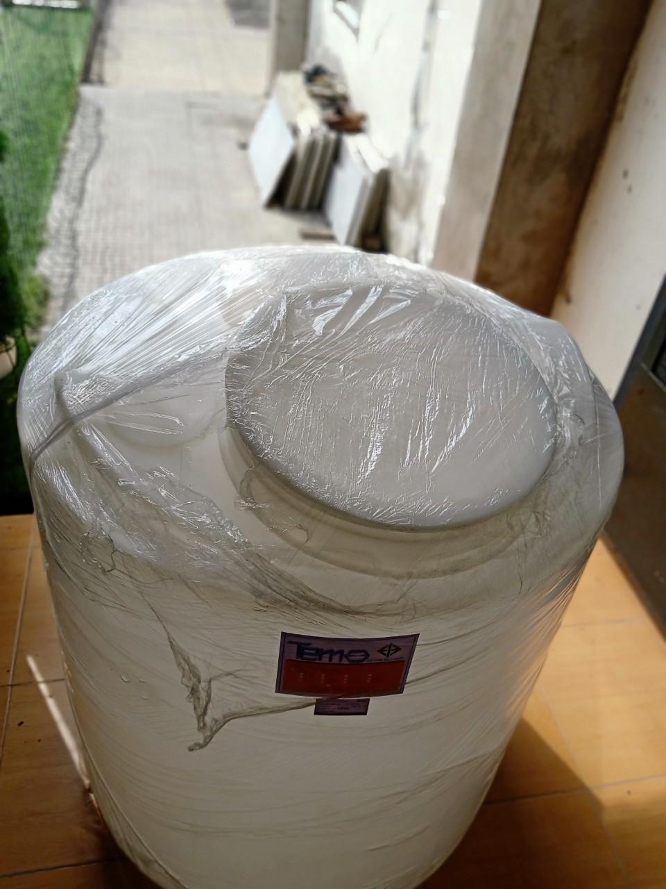 Bồn nhựa PE đựng hóa chất 200L hiệu Tema mã CEN200B-M118N của hãng Pakco