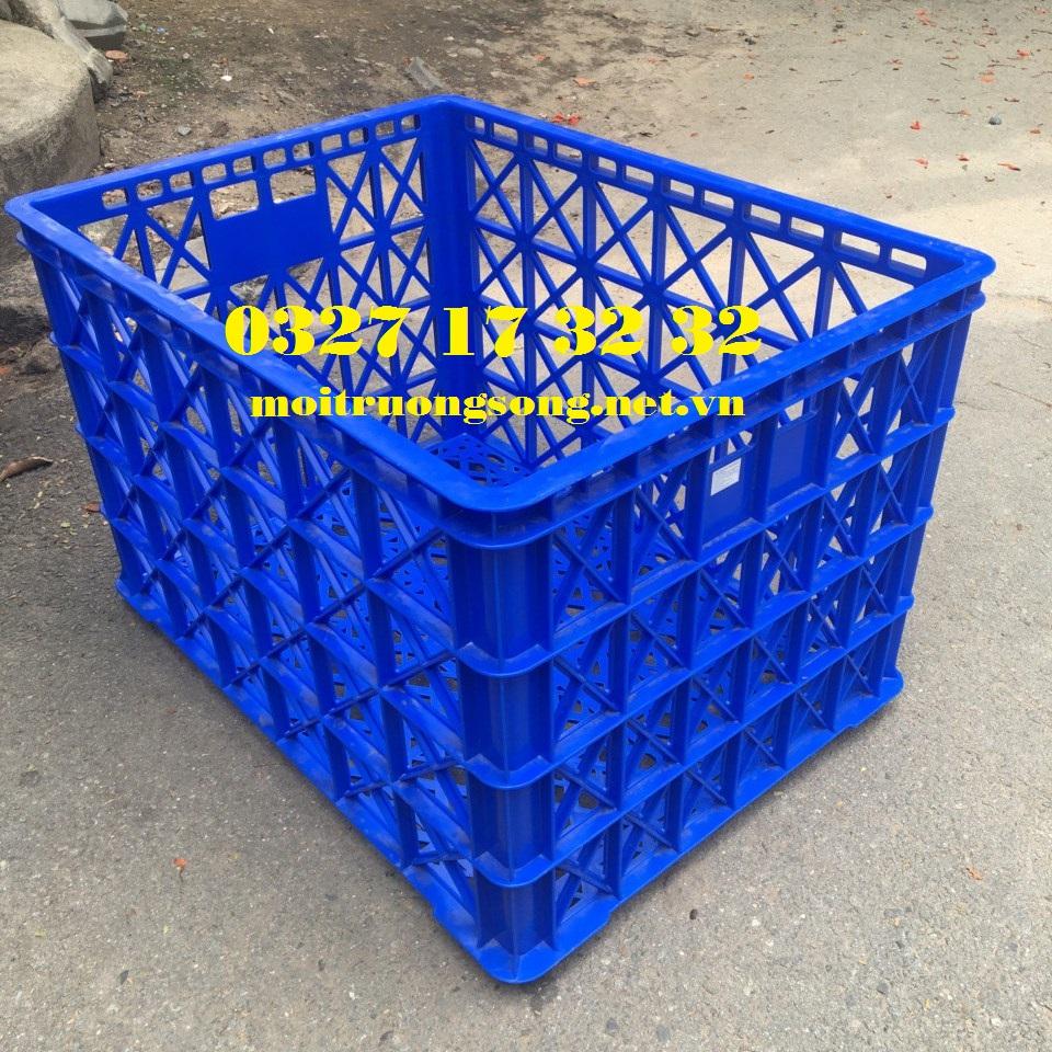 Sóng nhựa công nghiệp 8 bánh xe đựng quần áo may mặc