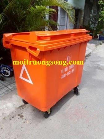 Xe thu gom rác 660 lít màu cam
