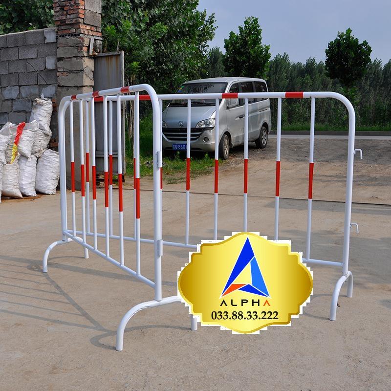 Hàng rào kiểm soát đám đông khổ 1,2m X 2m có sẵn giá tốt tại Hà Nội