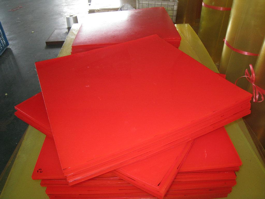 Nhựa PU dạng tấm đặc (Polyurethane)