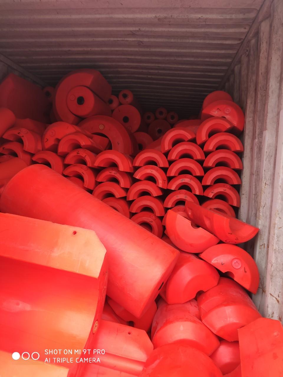 Phao nhựa nổi, phao chắn rác hàng có sẵn tại kho Hải Phòng