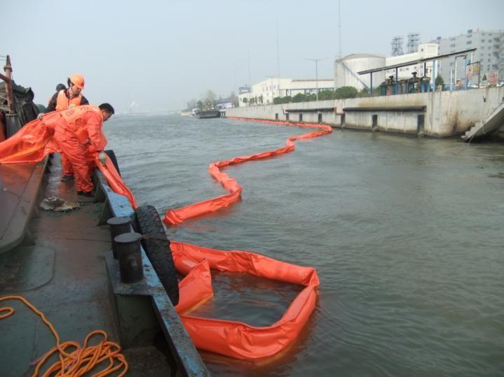 Phao quay dầu tràn tự nổi PVC (WGV)