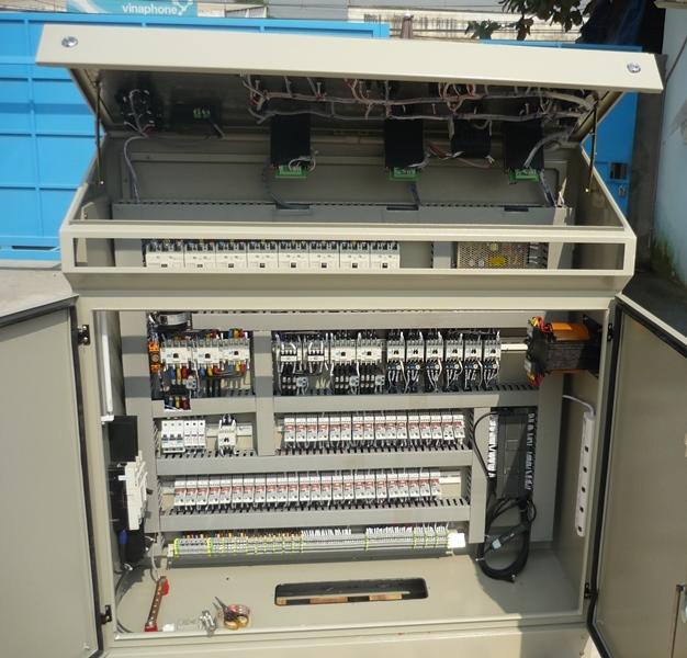 Hệ thống điều khiển và phần mềm trạm trộn bê tông tươi