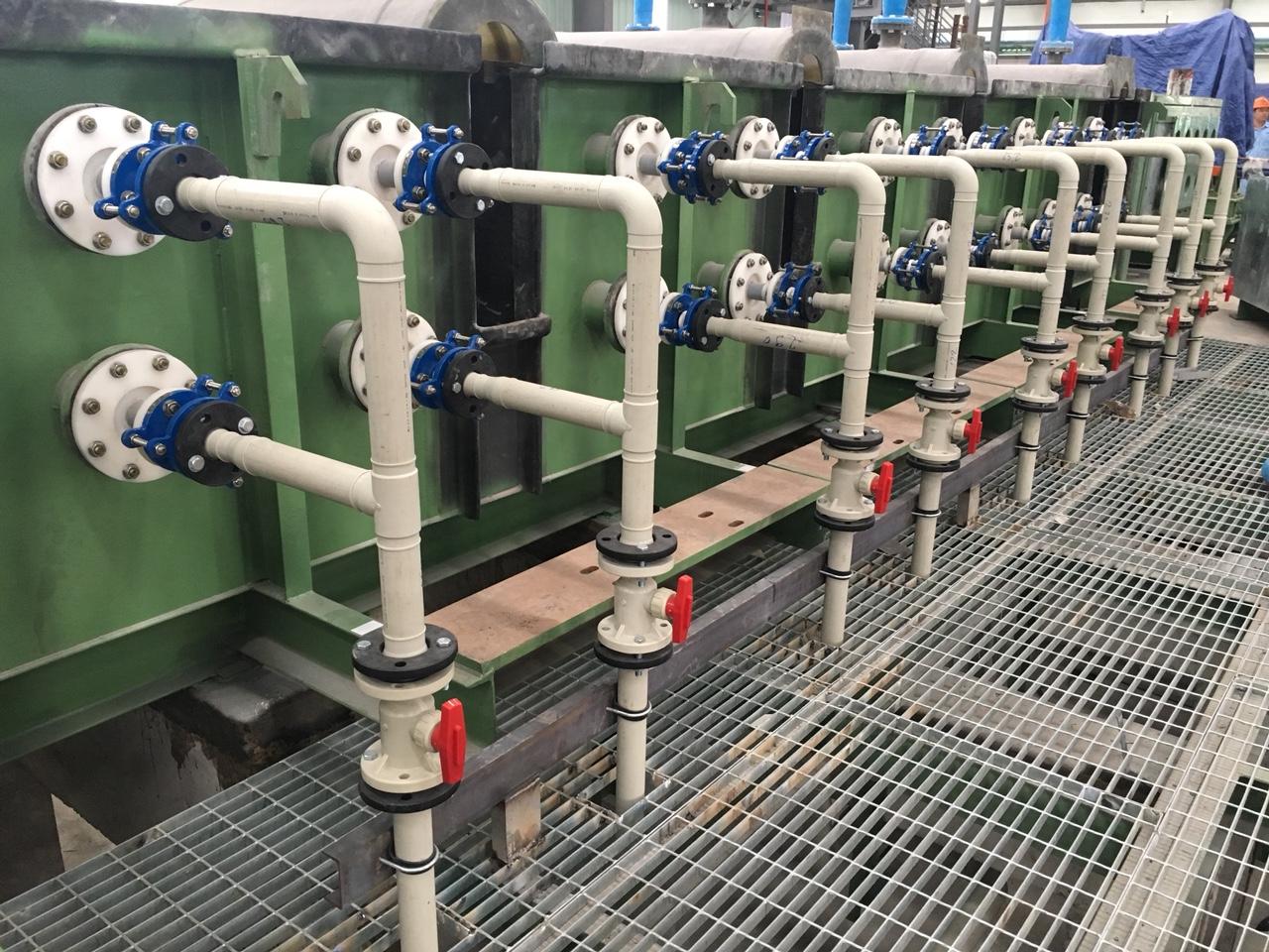 Thi công nghệ thống ống công nghệ