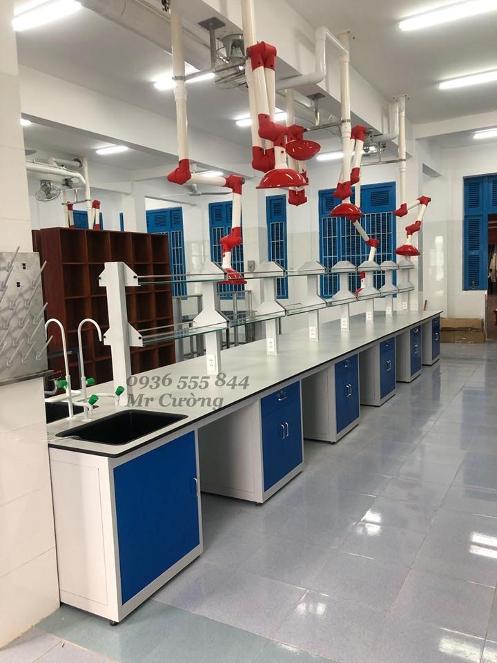 Bàn thí nghiệm hóa lý Lâm Nguyễn