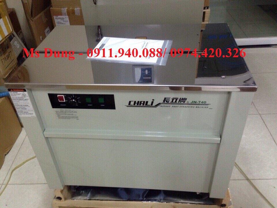 Máy quấn đai thùng bán tự động Chali JN740