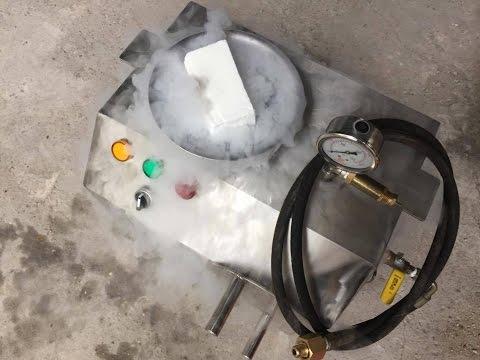 Máy làm đá khô CO2