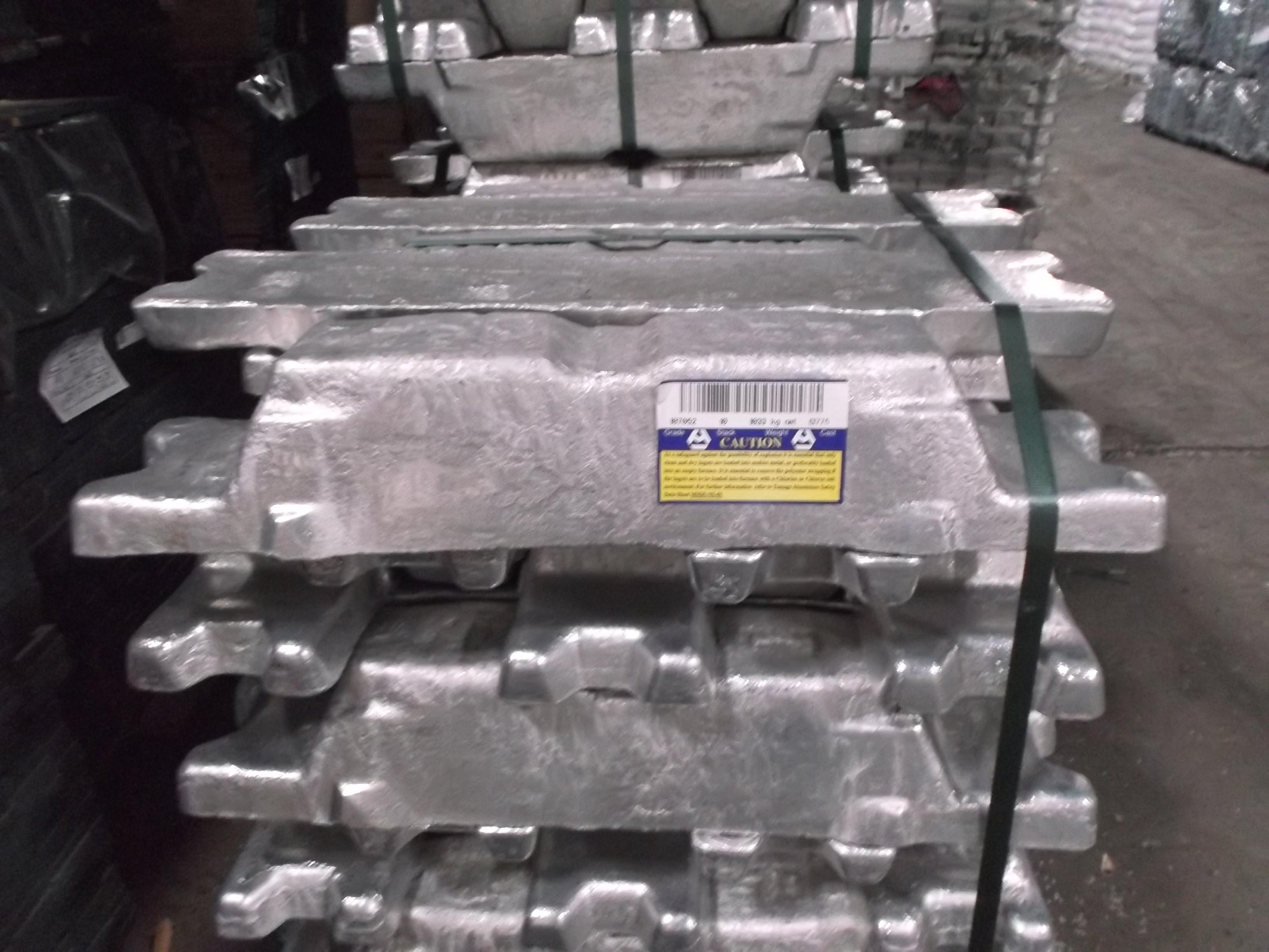 Nhôm thỏi nguyên chất A7- AL 99.7% MIN