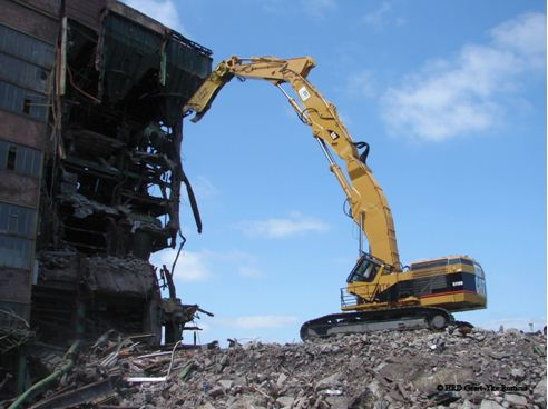 Dịch vụ tháo dỡ, phá bỏ công trình xây dựng