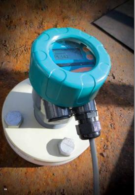 Cảm biến đo mức bồn hóa chất