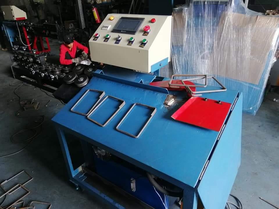 Máy bẻ đai sắt tích hợp bẻ đai siêu chuẩn