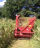 Máy thu hoạch ngô/ cỏ voi sinh khối