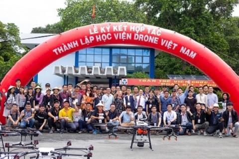 Học viện đào tạo máy bay không người lái (Drone) đầu tiên được thành lập tại Việt Nam