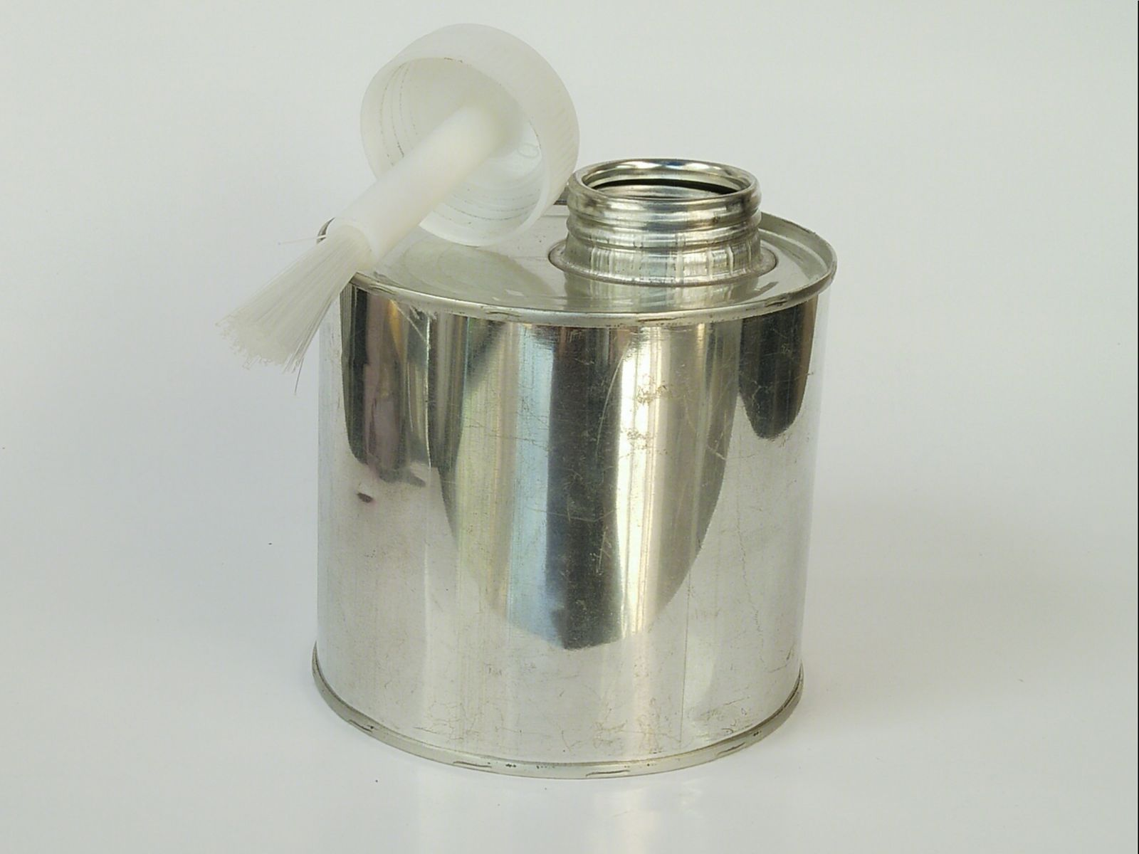 Lon đựng keo cọ nhựa 500 ml