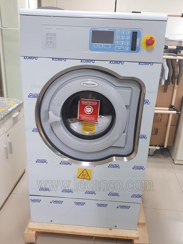 Máy giặt công nghiệp Electrolux FOM 71 CLS