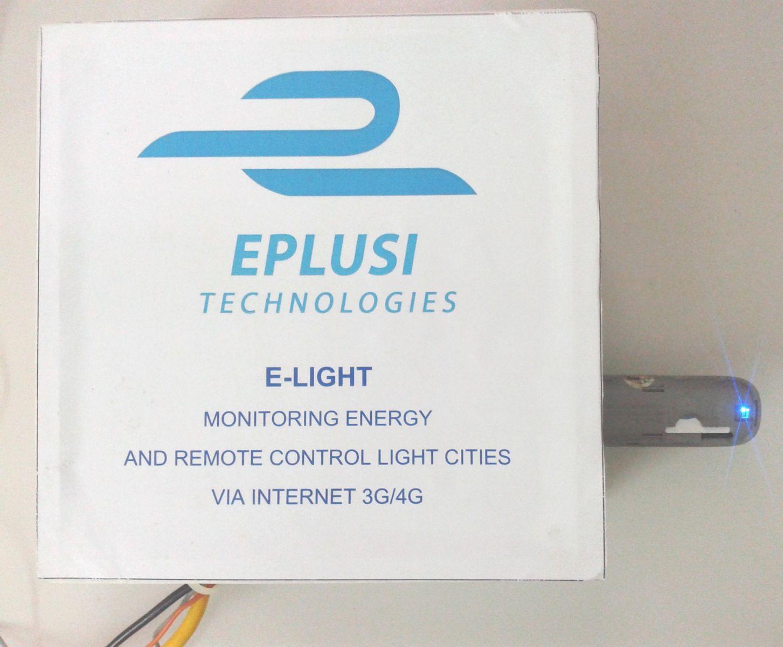 Hệ thống giám sát và điều khiển đèn chiếu sáng đô thị E-Light