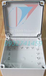 Hộp điện nhựa chống thấm nước IP67