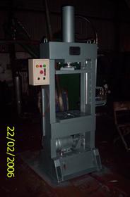 Máy ép cho các sản phẩm gỗ kỹ thuật 15 - 20T