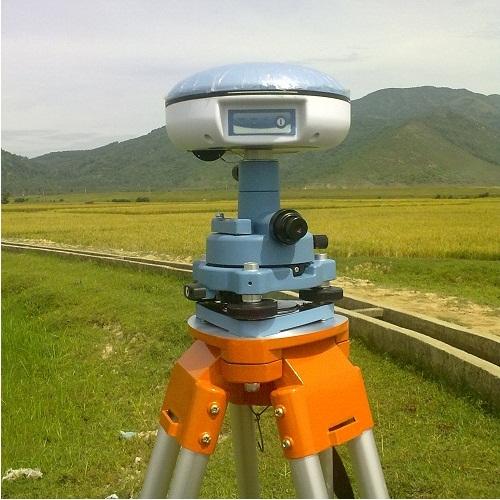 Hệ thống GPS 1 tần 12 kênh SOUTH GPS S65