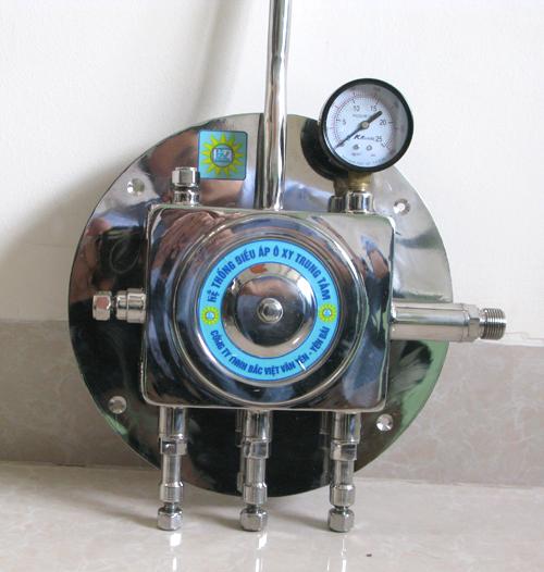 Hệ thống điều áp trung tâm trong kho chứa ôxy không sử dụng điện năng