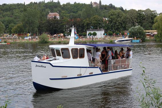 Tàu chở hành khách H36 Ferry