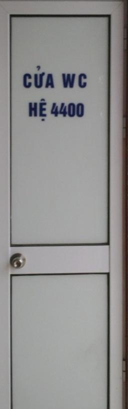 Cửa đi hệ Việt Pháp hệ 4400