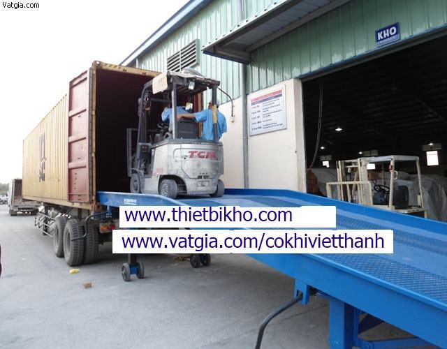 Cầu nâng-Cầu cho xe nâng lên Container