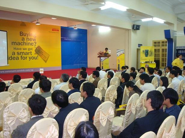 Dịch vụ tổ chức hội nghị, hội thảo, chương trình trình diễn công nghệ- thiết bị