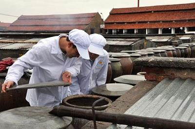 Hoàn thiện công nghệ nâng cao chất lượng nước mắm truyền thống Cát Hải