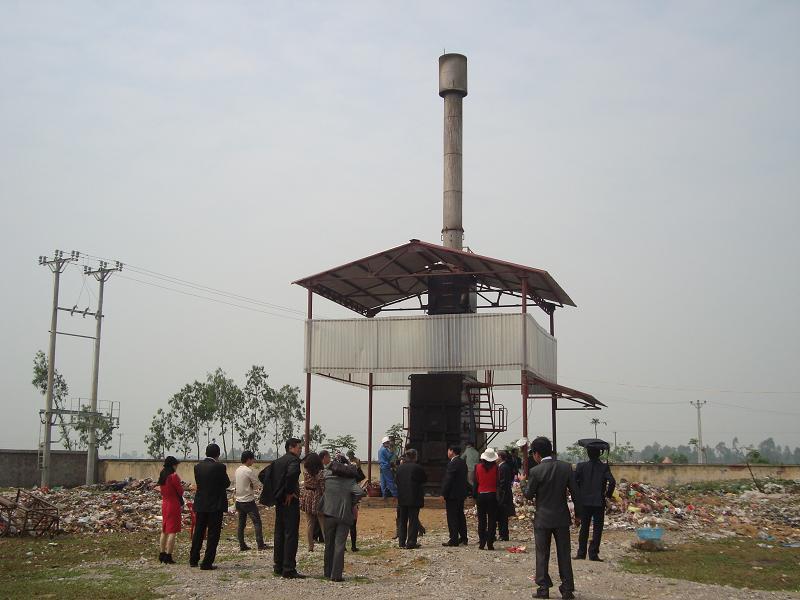 Tham quan lò đốt rác thải nông thôn không sử dụng nhiên liệu tại công ty Cổ phần môi trường Việt Thắng, xã Nga văn, huyện Nga Sơn, tỉnh Thanh Hóa
